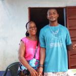 Shabab e aunty Regina alla scuola dei Jeneba's Mates
