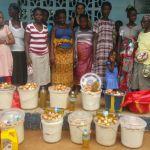 Le famiglie che accedono al programma alimentare mensile (FEEDING PROGRAMM)